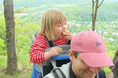 IMG_6825 Walker Ewing,2, and her dad jamie, from boston,,,at south peak