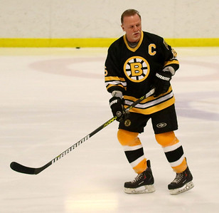 PHOTO BY HERB SWANSON:         Rick Middleton warms up  before  the Boston Bruins Alumni vs the Union Arena Bears game at Union Arena  in Woodstock, Vermont on Saturday, February 25, 2017. http://herbswanson.smugmug.com/