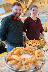 IMG_5611 michael barton and sarah callander, with cannoli, from Pi Brick Oven