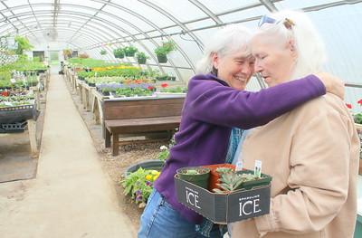 IMG_2242 nancy pejouhy hugs harriet worrell