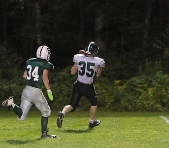 BAL_3816_Brendan Schwartz hauling in a sweet pass completion from Trevor White for a td