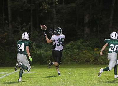 BAL_3814_USE_Brendan Schwartz hauling in a sweet pass completion from Trevor White for a td