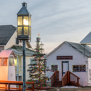 PhotoCritique.Wk49.Christmas in a Small Town