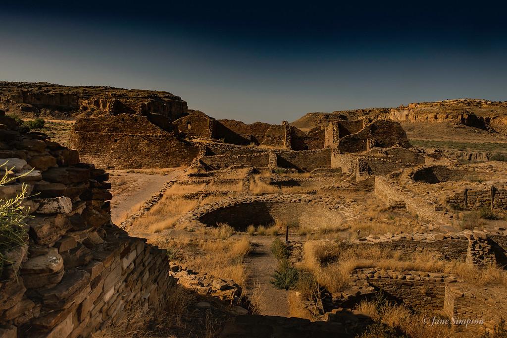 Pueblo Del Arroyo: across from Pueblo Bonito, another compound