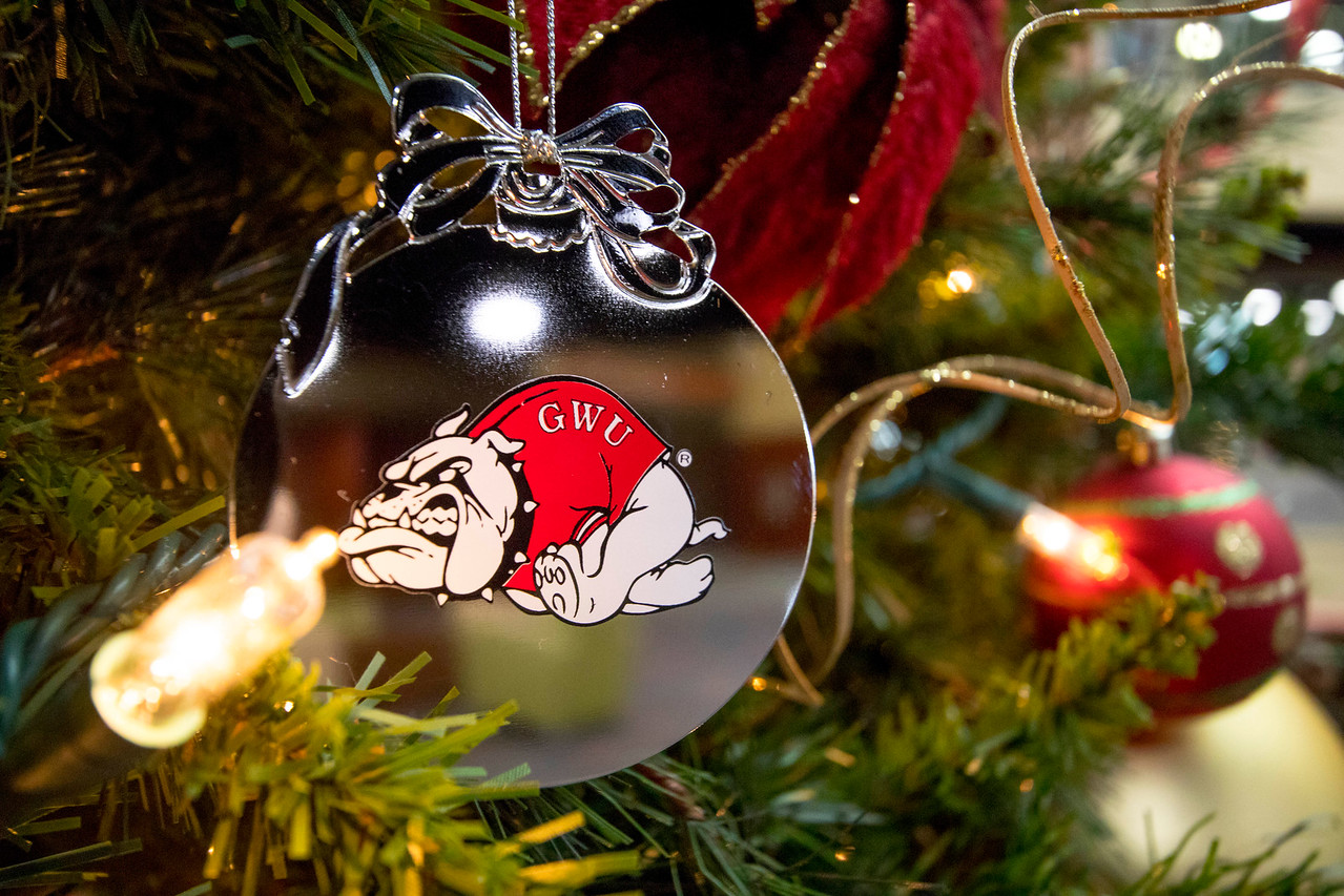 GWU Bulldog Ornament 2017