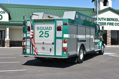 The rear of Squad 25, a 1994 Freightliner 80/American Eagle 250/300.