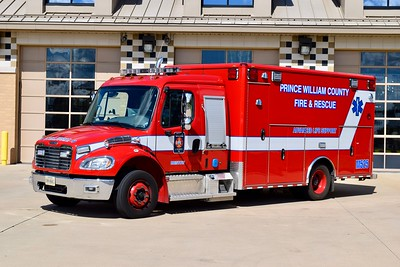 Medic 525 is a 2015 Freightliner M2/Wheeled Coach.   One of four units delivered, the others went to Medics 508 (Yorkshire), 524 (Antioch), and 526 (Davis Ford).