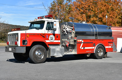Tanker 43 from Orleans is this 1991 International S2674/4-Guys with a 500/2000.  No 4-Guys serial number could be found on the truck.