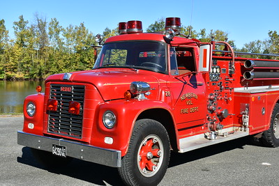 Newbern, Virginia in Pulaski County.  Note the three lights on the cab roof.  A 1965 International Loadstar 1700/Oren with a 750/500 and s/n 2112.  Now privately owned.  Photographed in September of 2017 at the ODHFS Farmville muster.