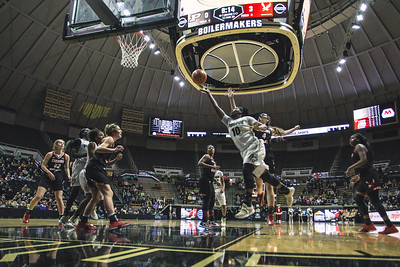 Purdue takes on Eastern Washington in Mackey Arena on December 17, 2017