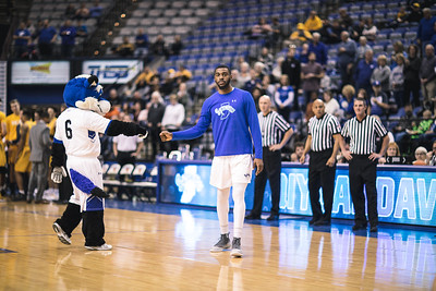 Indiana State takes Valparaiso on Thursday, December 28, 2017 at the Hulman Center in Terre Haute, Indiana.