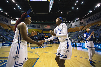 Indiana State takes Central Michigan on Saturday December 9, 2017 at the Hulman Center in Terre Haute, Indiana.