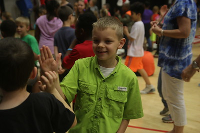 On Friday, April 28th, from 10:00am to 2:00pm, 2nd graders and 2nd grade teachers from all over Cleveland County came to Gardner-Webb University for a Literacy Event hosted by the School of Education. The students and teachers got to hear from children's book authors & illustrators, participate in readings and fun active events in different parts of campus.