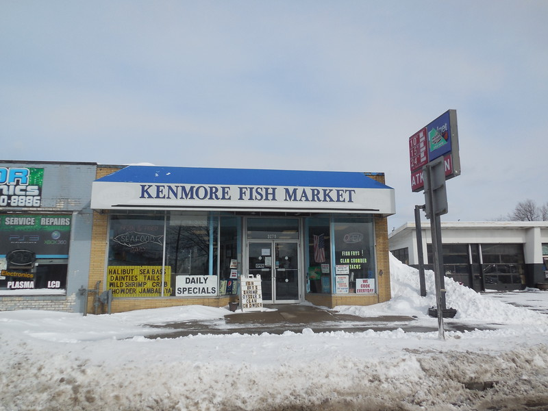 My grandafater and grandmother would buy fish dinners here every Friday..    (My Dad not so much)