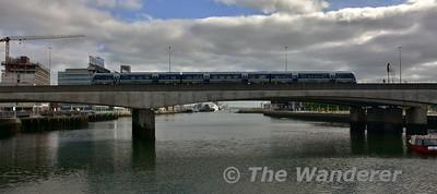 4009 crosses the Dargan Bridge with the 0845 Great Victoria Street - Whitehead. Sun 28.05.17