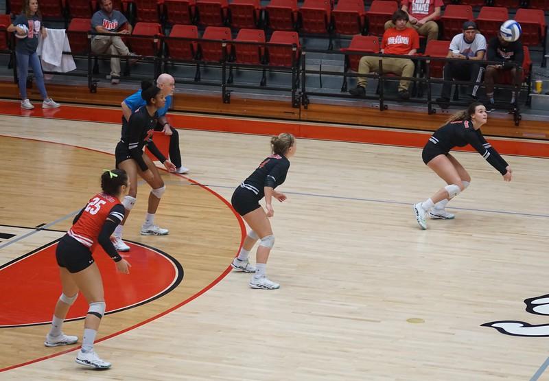 Volleyball V. Campbell