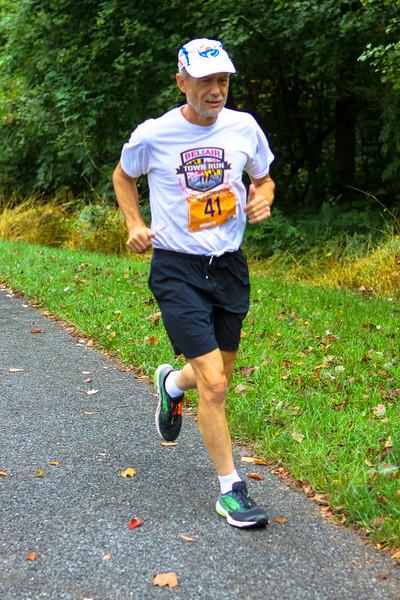 Matthew Henson Trail 5K 2017 - Photo by Dan Reichmann, MCRRC