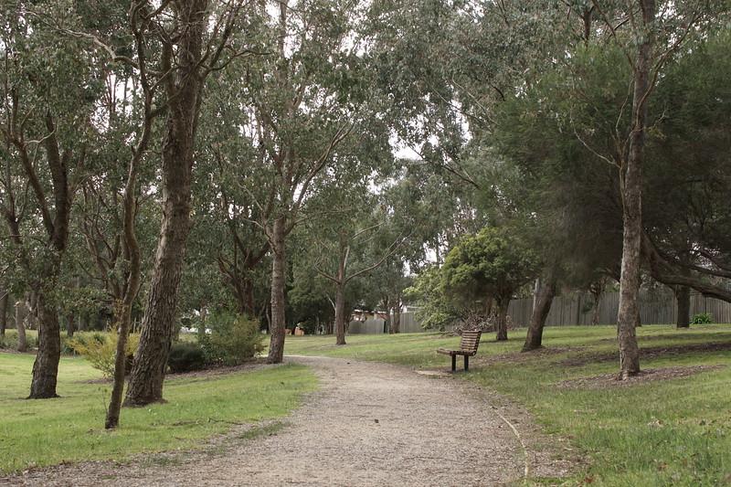Walking Trail - Greythorn Park