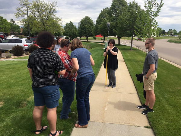 2017 RESESS interns learn about GPS.  (Photo/Aisha Morris, UNAVCO)