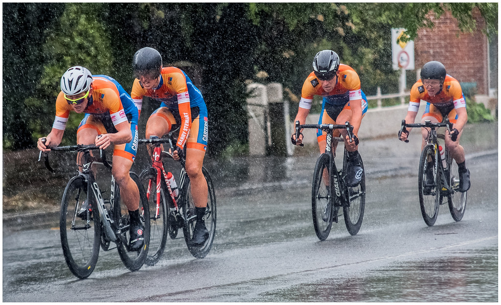Honours, Chris Duggan - In to the rain