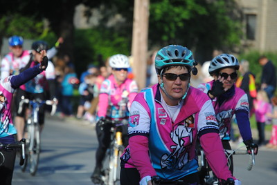 Leah McDonald - Oneida Daily Dispatch Hundreds of riders take part in the 2017 Ride for Missing and Exploited Children.