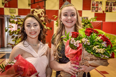 Anna Smiley, 18, Rose Princess from Lincoln High School, right, and Sarah Kanzaki, 17, a junior.