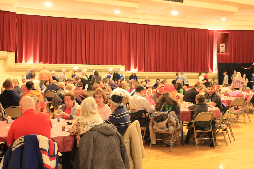 . Charles Pritchard - Oneida Daily Dispatch The Oneida Rotary holds its annual Thanksgiving luncheon at the Kallet Civic Center on Wednesday, Nov. 22, 2017.