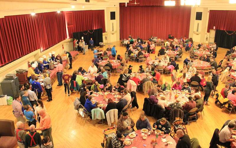 Charles Pritchard - Oneida Daily Dispatch The Oneida Rotary holds its annual Thanksgiving luncheon at the Kallet Civic Center on Wednesday, Nov. 22, 2017.