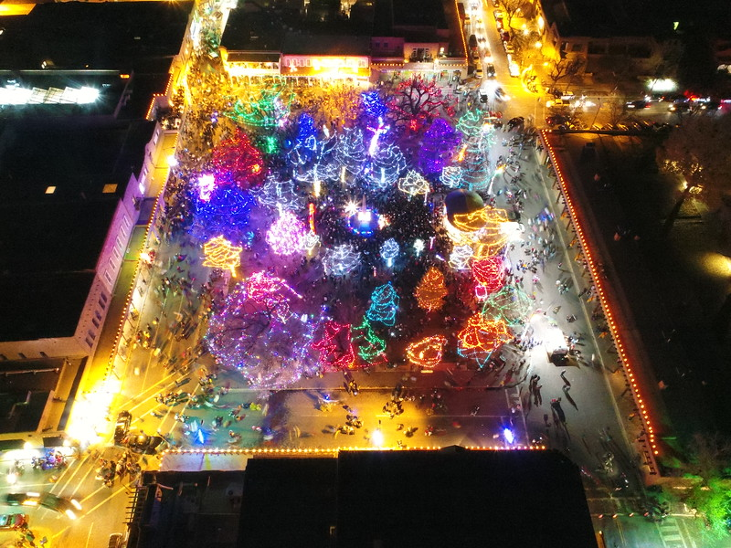The Holiday Lighting on the Plaza on Friday, November 24, 2017. Enchantment Aerials/for The New Mexican