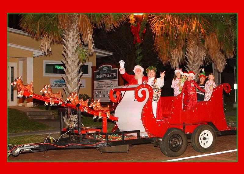 001A_Santas Family