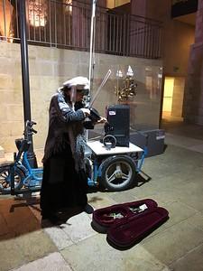 22-street-musician