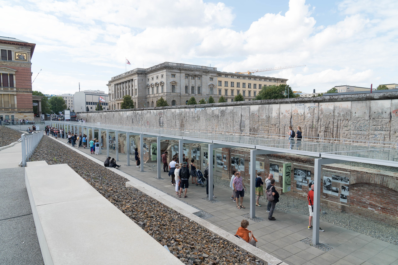 Berlin Wall and exhibit