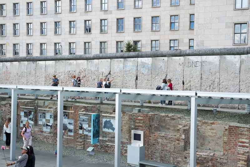 Upper and lower levels of the Berlin Wall