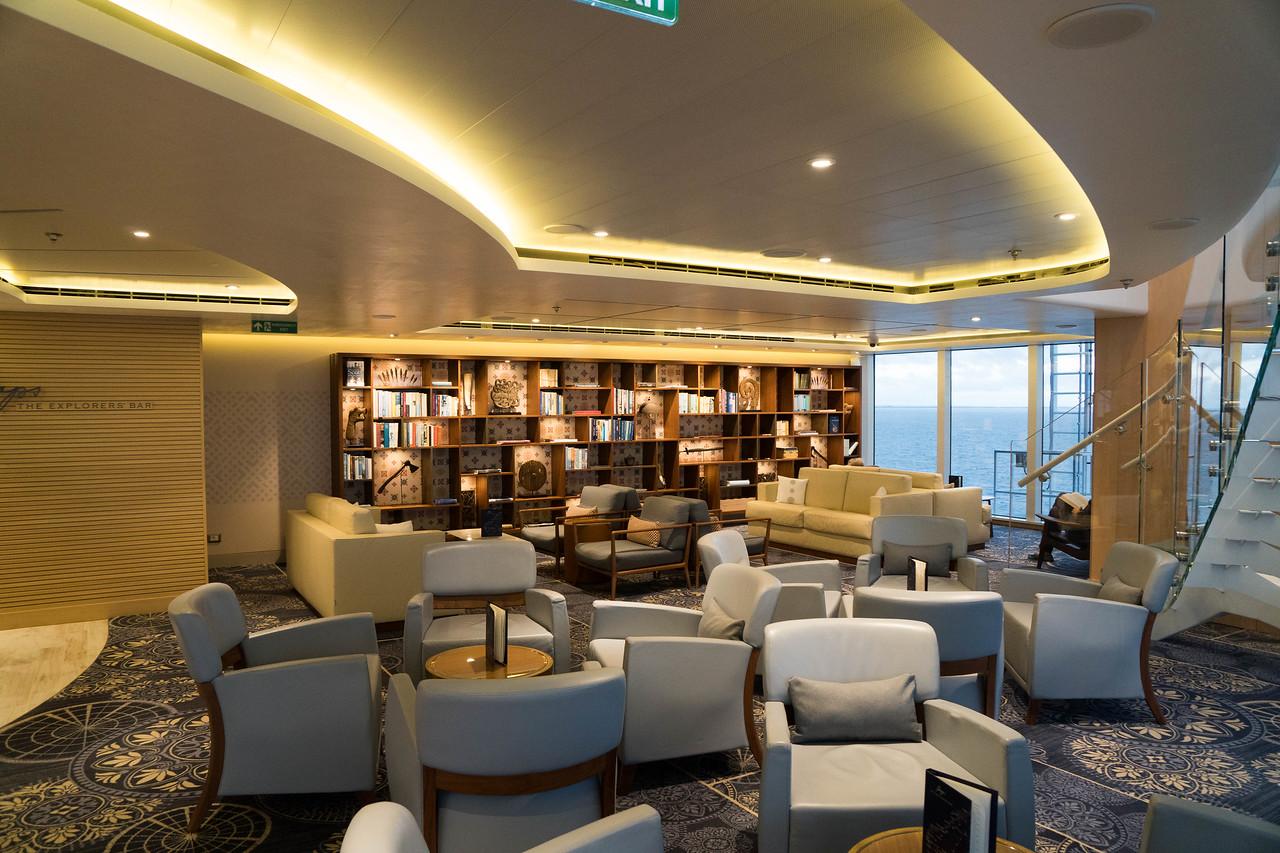 Deck 7 - Forward Explorer's Lounge