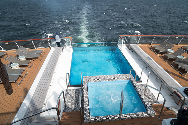 Deck 7 - Pool and Hot Tub