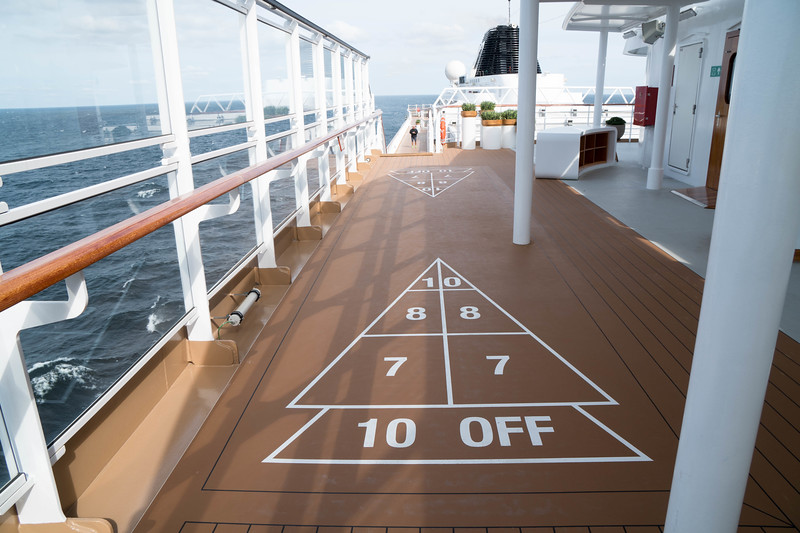 Deck 8 - Starboard side sports area