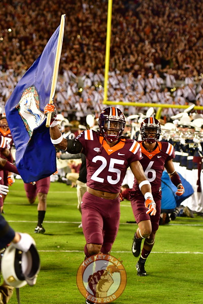 Terrell Edmunds, wearing the #25 for the 2nd time, leads the Hokies onto the field. (Dan Lohmann/TheKeyPlay.com)