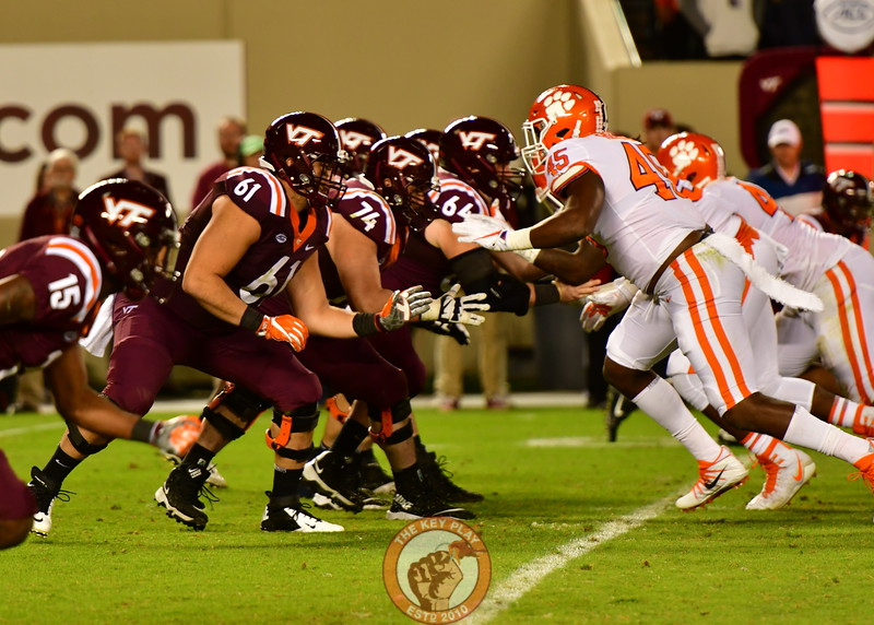 VT's OLine drops back into Pass protection (Dan Lohmann/TheKeyPlay.com)