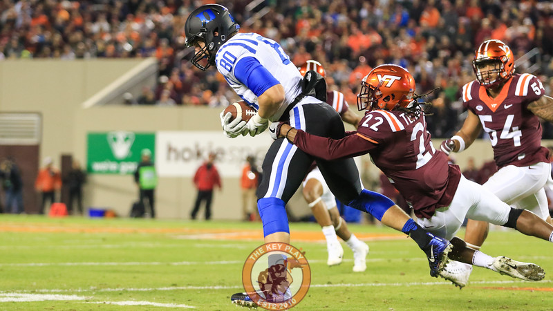 Terrell Edmunds drags down Duke TE Davis Koppenhaver. (Mark Umansky/TheKeyPlay.com)