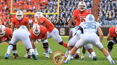 Virginia Tech QB Josh Jackson (17) adjusts a play call at the line deep in the UNC red zone. (Mark Umansky/TheKeyPlay.com)