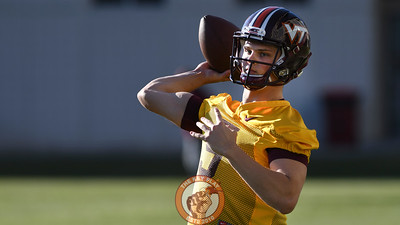 Virginia Tech Hokies quarterback Ryan Willis (5) throws during practice. (Michael Shroyer/ TheKeyPlay.com)