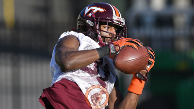 Virginia Tech Hokies cornerback Brandon Facyson (31) makes a reception during a defensive hands drill. (Michael Shroyer/ TheKeyPlay.com)