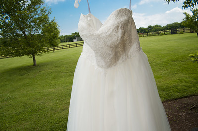 HighGravityPhotography_Wedding_Barn_In_The_Bend-28