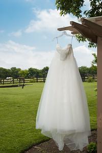 HighGravityPhotography_Wedding_Barn_In_The_Bend-29