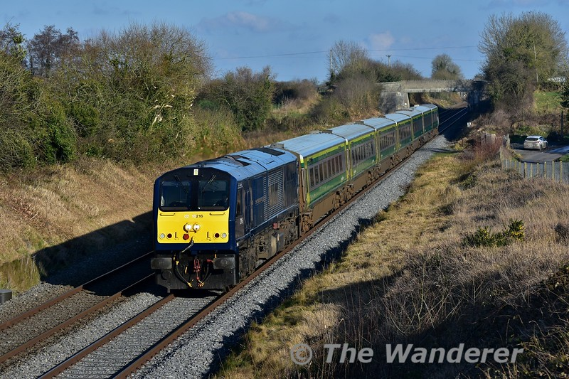 There was some speculation that 216 might have been held at Heuston off the 0920 Cork - Heuston, but that didn't happen and it remained on diagram and worked the 1300 Heuston - Cork. It is pictured passing Rosskelton on its way south. Mon 23.01.17