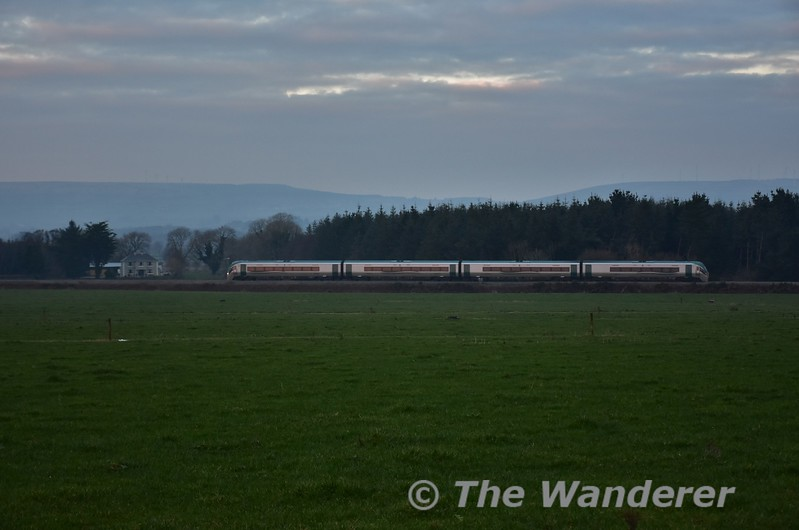 We see 22014 once again, this time passing Ahane between Farranfore and Tralee with the 1525 Mallow - Tralee. Sat 21.01.17