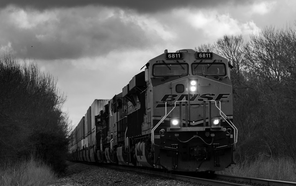 IMAGE: https://photos.smugmug.com/2017-randoms/i-V4xbt8s/0/XL/Freight%20train-XL.jpg