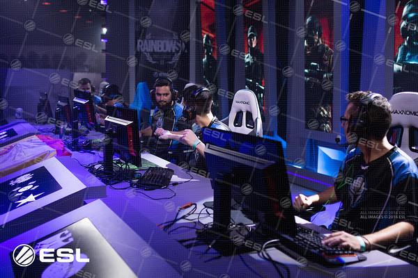 RainboxSix_ProLeagueS1_Finals_Pawel_Bastrzyk__BS73725
