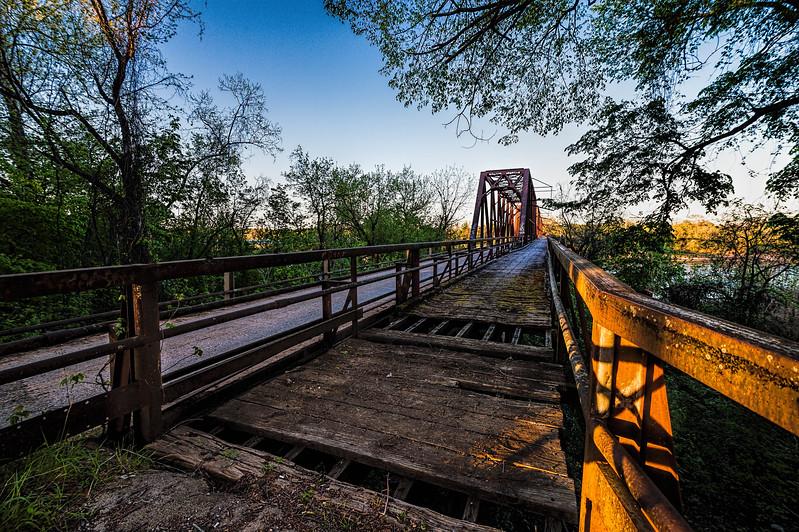 Carpenters Bluff Bridge on the Red River