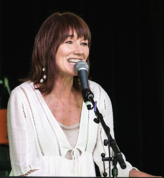 Lari White Cannon